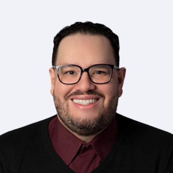 Joshua Cruz headshot